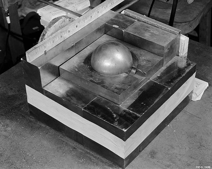 "TIL about the ""Demon Core' a 6.2 kg subcritical mass of plutonium that briefly went critical during two separate experiments killing two members of the Manhattan Project"