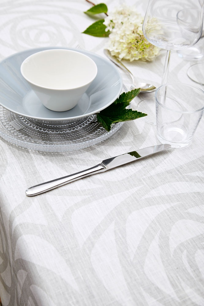 J.F. by Finlayson Greta linen tablecloth I Greta-pellavapöytäliina 70 €
