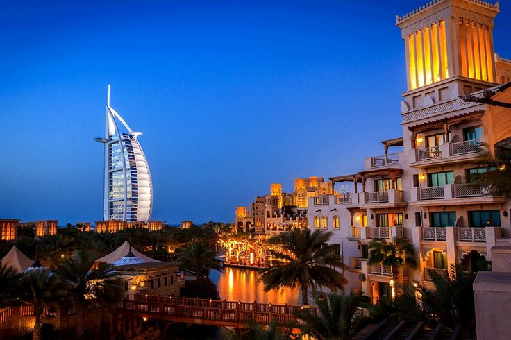 #Dubai has something to offer everyone - from top class hotels, superb facilities for a variety of sports and leisure activities and excellent shopping.