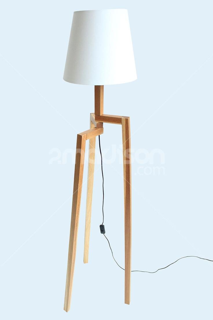 Minimalis floor lamp dengan desain clean look yang dibuat khusus cocok untuk segala bentuk sudut rumah dengan kaki fleksibel yang bisa diputar. Designer : Madison Collection : The Soho Series