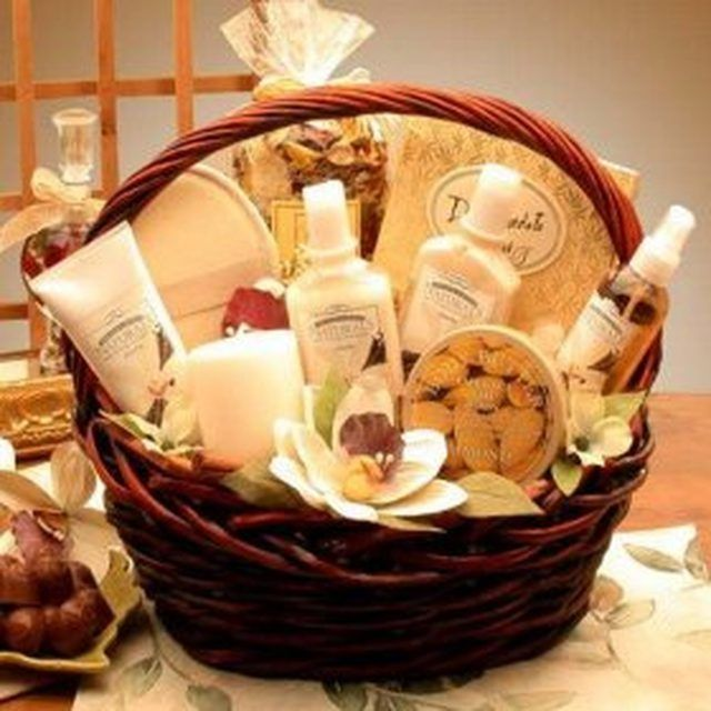 Make a Spa Themed Gift Basket