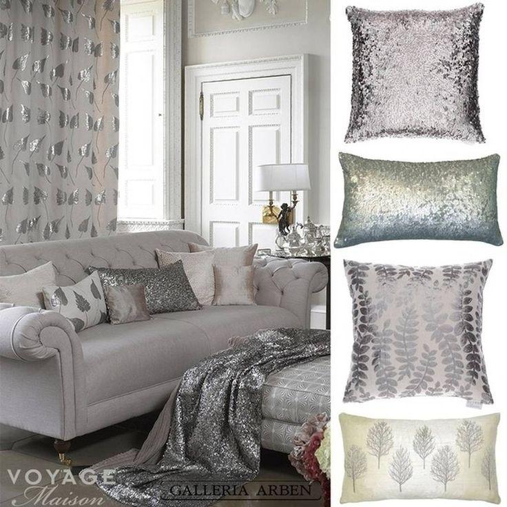 блестящие #подушки и #пледы @voyage_deco - отличный #подарок на #Новый_год! Ждем вас в #galleria_arben #VoyageMaison #pilows #christmasdecor