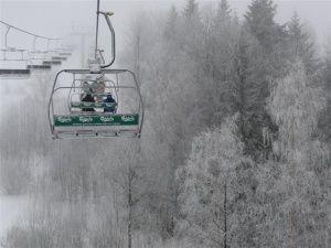 Wyciągi narciarskie - beskidy - www.wierchomla.com.pl/stacja-narciarska-zima