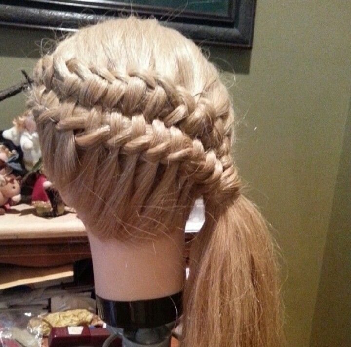 Chinese staircase braid to side pony