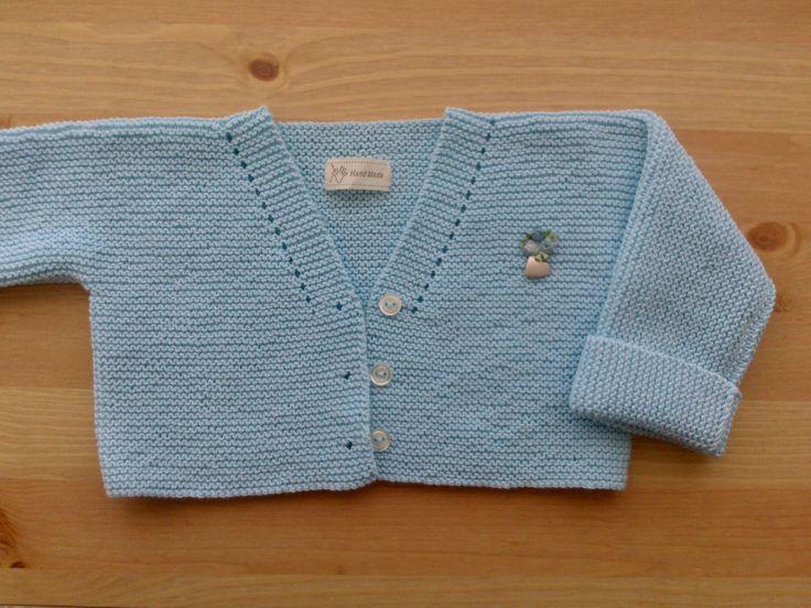 En este tutorial voy a explicar como hacer una chaqueta para bebé de una pieza y que luego nos puede servir como base para conseguir distintos modelos solamente haciendo unos pequeños cambios. Edad…