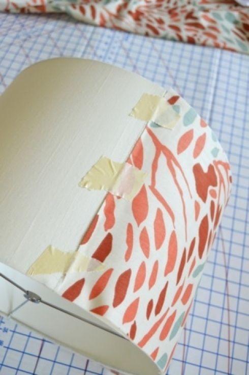 Les 25 meilleures id es concernant relooking d 39 abat jour sur pinterest - Recouvrir un abat jour avec du papier ...