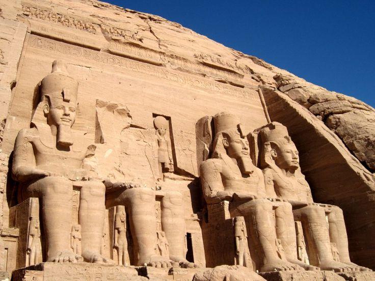 Le case divine: viaggio tra i templi più belli del mondo