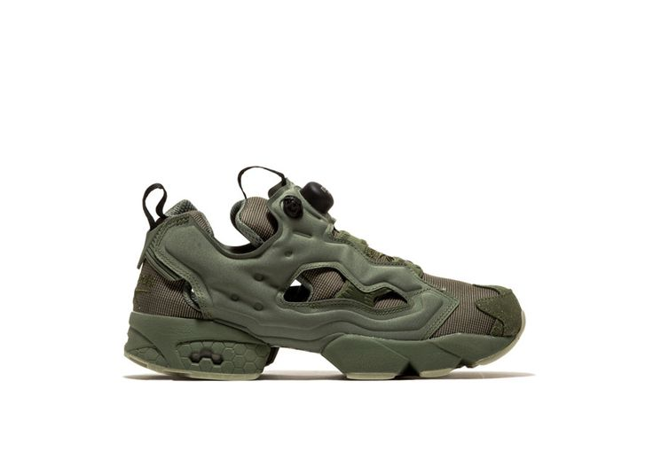 Instapump Fury MTP Sneakers color green-instapump fury mtp men's sneakers with fabric-lined upper color green. open sides. 3-mm hexalite midsole. abrasion resistant rubber sole. black back patch with logo print. height of sole: 2 cm. height of heel: 3 cm.