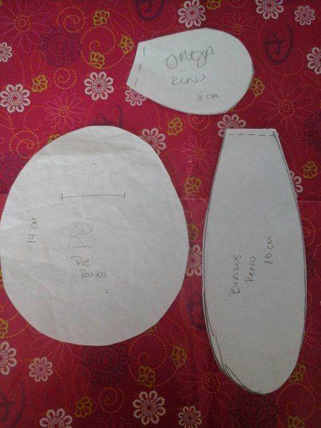 Como hacer renos navideños de fieltro con moldes02