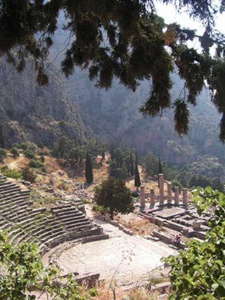 Jeux antiques - Delphes, Apollon et la Pythie - Herodote.net