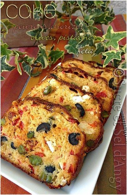 cake poivrons, chorizo, olives, pistache feta