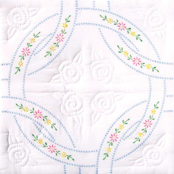 "Jack Dempsey Needle Art 18/"" Interlocking Wedding Rings Quilt Squares."