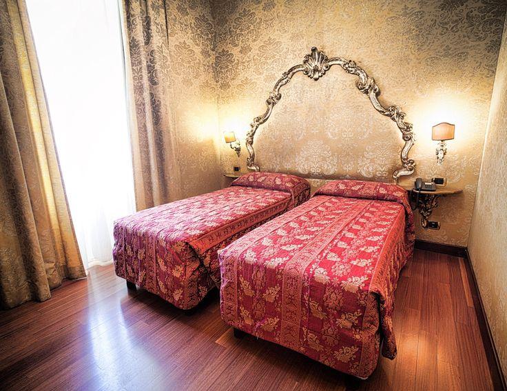 camera con 2 letti singoli Hotel Des Epoques Roma