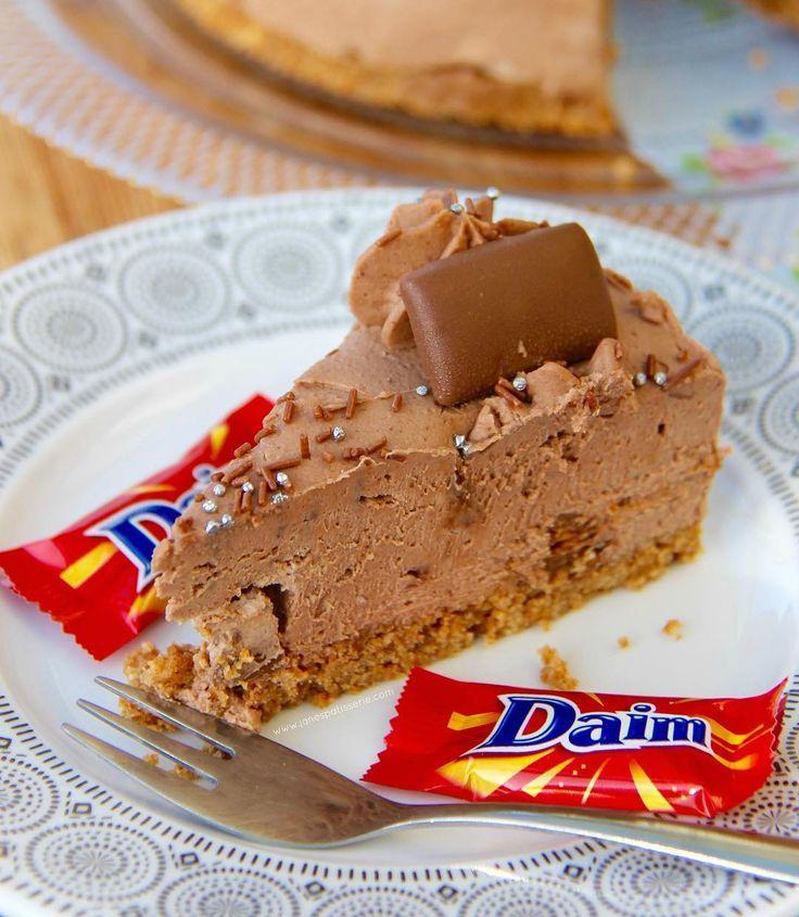 NoBake Daim Bar Cheesecake!  A Chocolatey Caramelly  Almondhellip