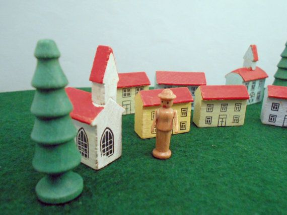 Erzgebirge Toy Wood Putz Village Play Set by MothersMiniTreasures