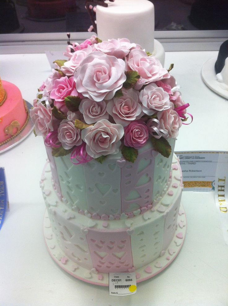 Decorative Tiered Flower Cake Royal Melbourne Show 2014
