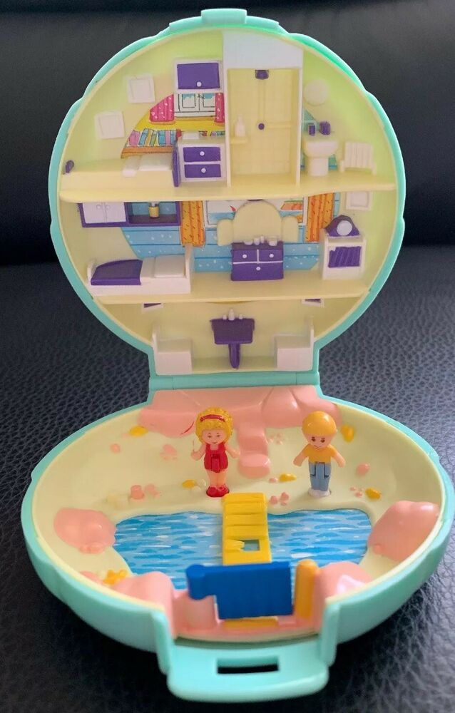 Polly Pockets For Sale: Details About Polly Pocket Polly's Beach House COMPLETE
