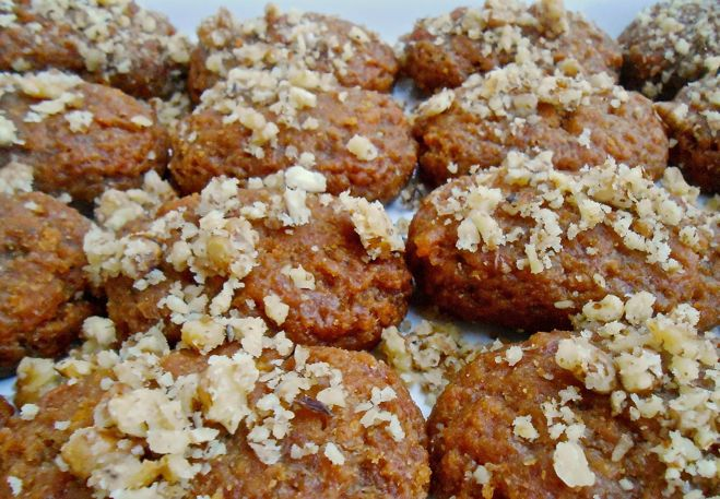 Melomakarona-Greek Christmas Honey Cookies #Christmas #Greek #Vegan