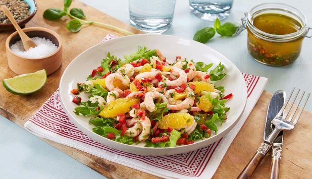 Salat med reker, appelsin og basilikum , Fotograf: Synøve Dreyer