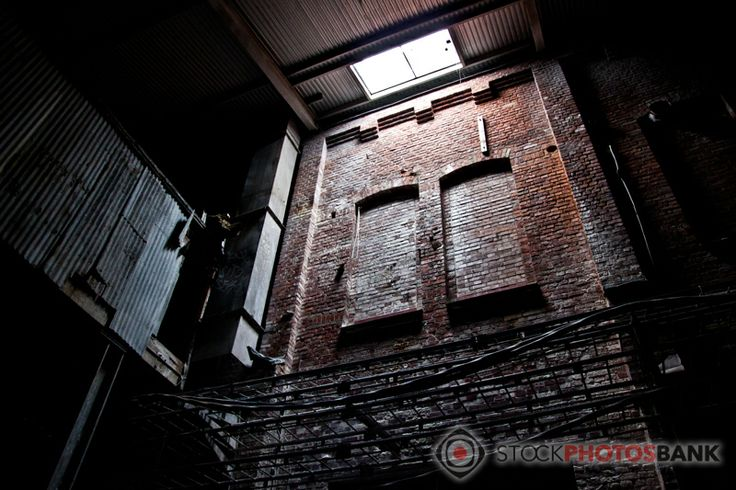 Stockphotosbank: Abandonded industry building, interiour