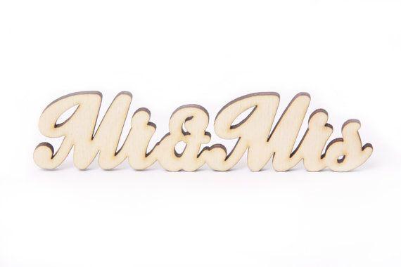 MR & MRS wooden sign, wedding decoration, wedding ideas, inspirations, wedding decor, wooden decor, engagementt