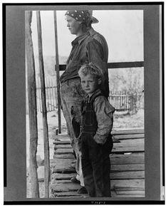 Wife and child of Ozark farmer, Missouri