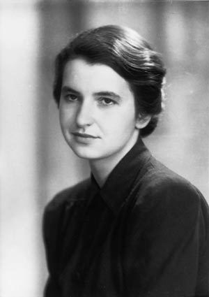 """""""British biophysicist Rosalind Franklin (1920-1958) took the photo that led to the discovery of the DNA double helix, but all recognition went to male colleagues Watson and Crick."""""""