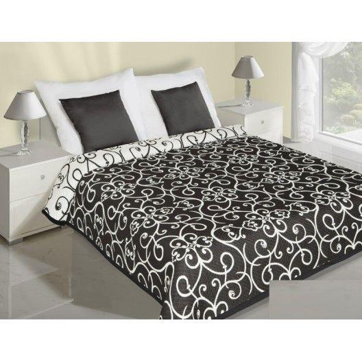 Vzorované obojstranné prehozy na posteľ čierno biele