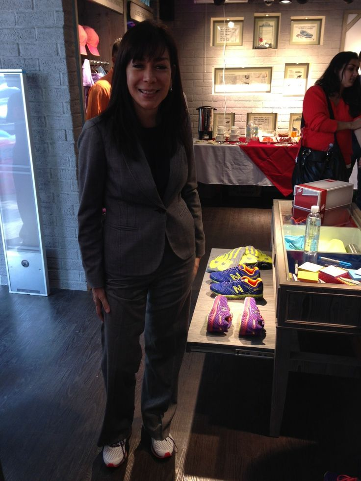 Dyana Reyes, directora de Innovación Comercial de Milenio y amante del box destacó la comidad de los tennis!