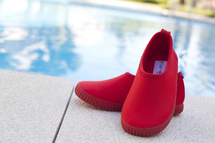 17 mejores im genes sobre zapatos playa zapatos piscina for Piscinas de goma