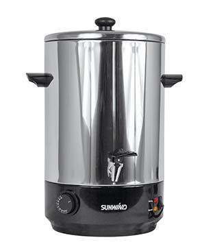 Vedenlämmitin sinulle, jolla on käytössä verkkosähkö, mutta ei lämmintä vettä. Termostaattiohjattu, tilavuus 14 litraa.