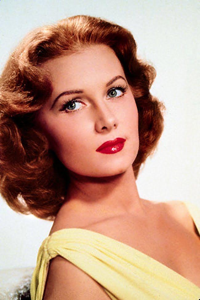 Redhead hollywood actress