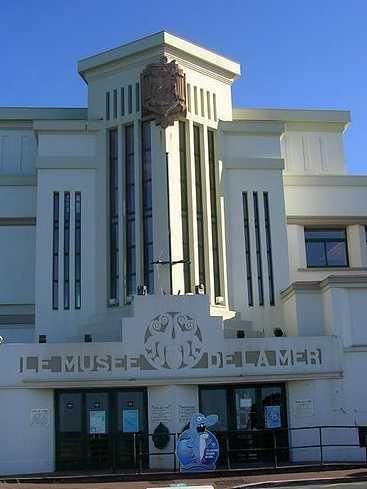 Le Musée de la mer de Biarritz a doublé sa surface dexposition en 2011, pour devenir lun des plus grands aquariums en France ! Ce bâtiment Art Déco abrite plusieurs milliers d'espèces et vous propose un voyage suivant le Gulf Stream du golfe de Gascogne jusquà lOcéan Pacifique...