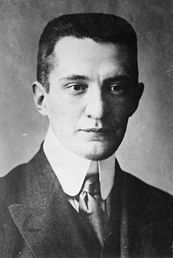 Alexander Kerensky, político social-revolucionario ruso.