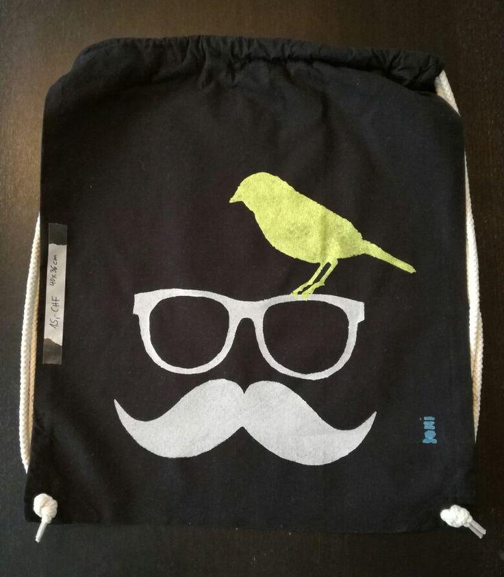 Loni Kreativwerkstatt / Hipster-Beutel mit Vogel.  #print  #backpack