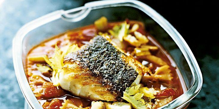 Fiskepinner og pasta med kantrareller lenger ned på siden