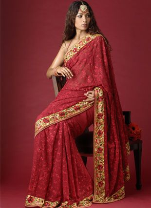 Renu Dadlani's Parsi Gara Collection is considered to be an emblem of ethereal elegance and grace.