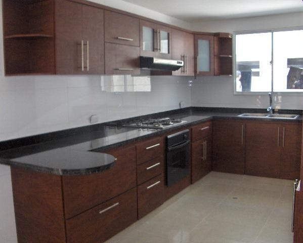 casa deco espacios pequeños muebles de cocina ollas cedro azul