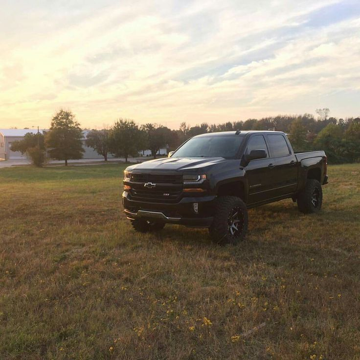 2016 Chevrolet Silverado 1500 Z71 lifted with 20x10 Fuel 2pc. wheels