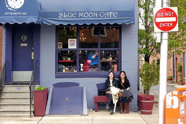 The Blue Moon Cafe is located in the historic Fells Point area of Baltimore, Maryland. Known for their signature Biscuits & Gravy and Captain Crunch French