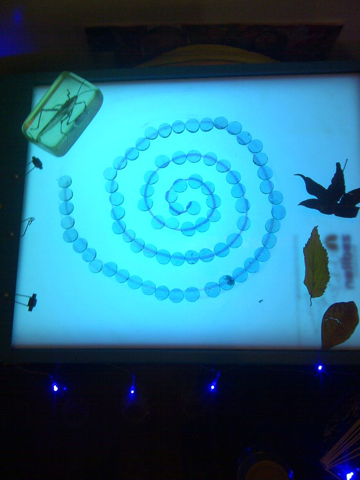 light table- loose parts, patterns, shapes...