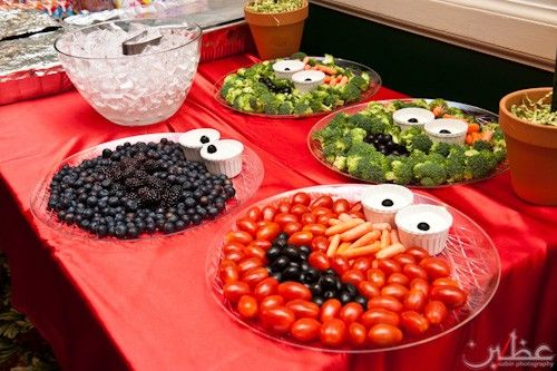 Great way to display food: Kids Parties, Cookies Monsters, Sesame Street Parties, Birthday Parties, Veggies Trays, Fruit And Veggies, Food Trays, Veggies Platters, Parties Food