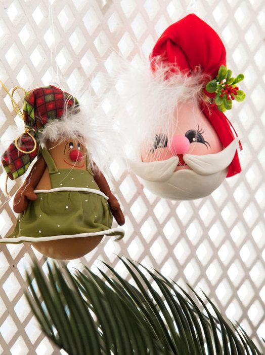 Como hacer manualidades navideñas con focos :)