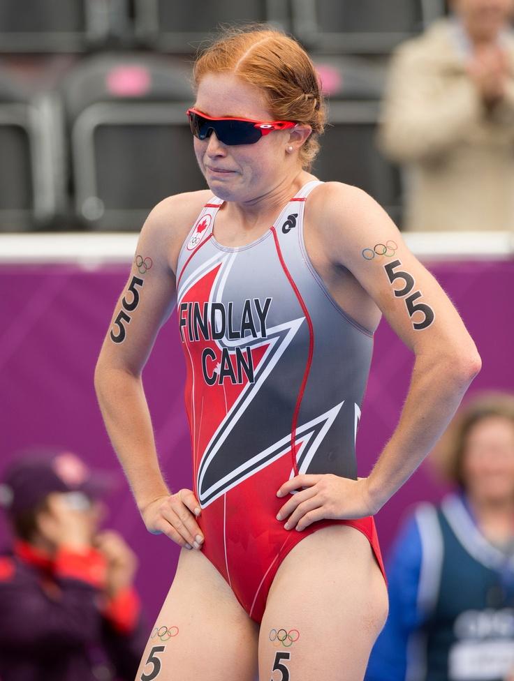 L'émotion pouvait se lire sur le visage de la Canadienne Paula Findlay lorsqu'elle franchissait la ligne d'arrivée de l'épreuve féminine de triathlon aux Jeux olympiques de 2012 à Londres, le 4 août  2012.