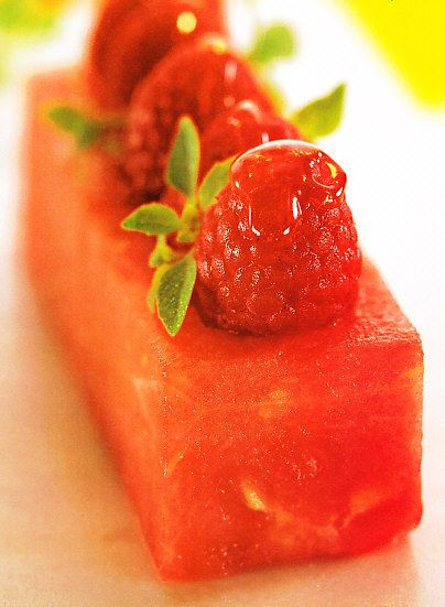 Terrina de sandía. Watermelon terrine.