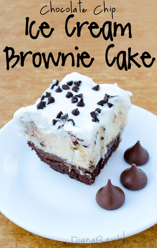Brownie Chocolate Chip Ice Cream Cake Recipe - Want a unique birthday cake? Create this Brownie Ice Cream Cake using a brownie mix and chocolate chip ice cream. It's so good! #icecream #brownie #cake