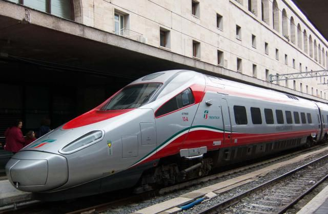 What to Know About Traveling by Train in Italy: Freccia Train Photo