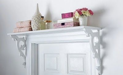 Over the Door Do It Yourself Shelf, I'm really loving this idea