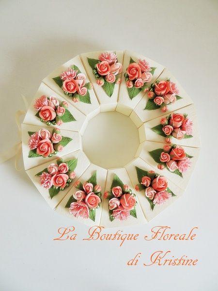 """Bomboniera """"Fetta di torta"""" decorata a mano di La Boutique Floreale di Kristine su DaWanda.com"""