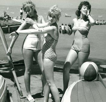 Hot girls at Lake Balaton in the 70's :)